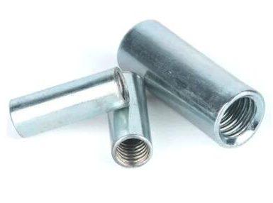 Tuerca de acoplamiento redonda de acero al carbono cincada